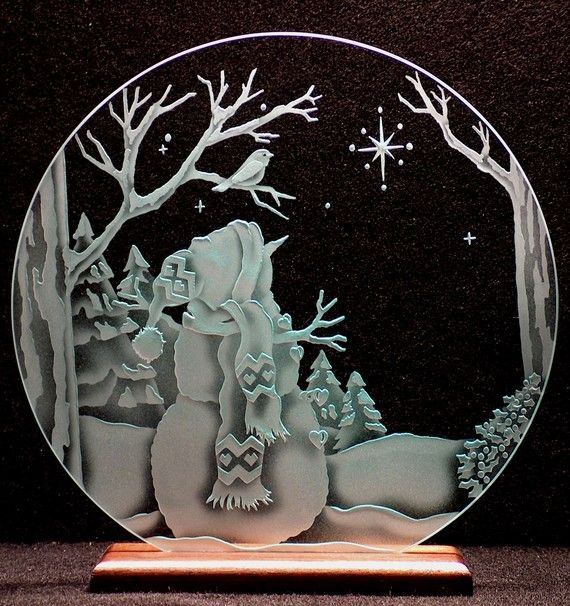 Carved Glass Snowman and Star 12 in Circle in Base