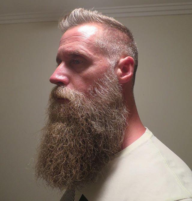 Yellow #beard #beardlove #beardedman #beardstyle #beardstagram #beardsofinstagram #beardpower #beardedhomo #beardlife