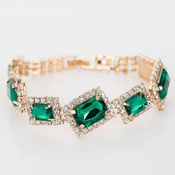 Name:YFJEWE Material:Crystal Metal: Aleaciòn de Zinc baño dorado