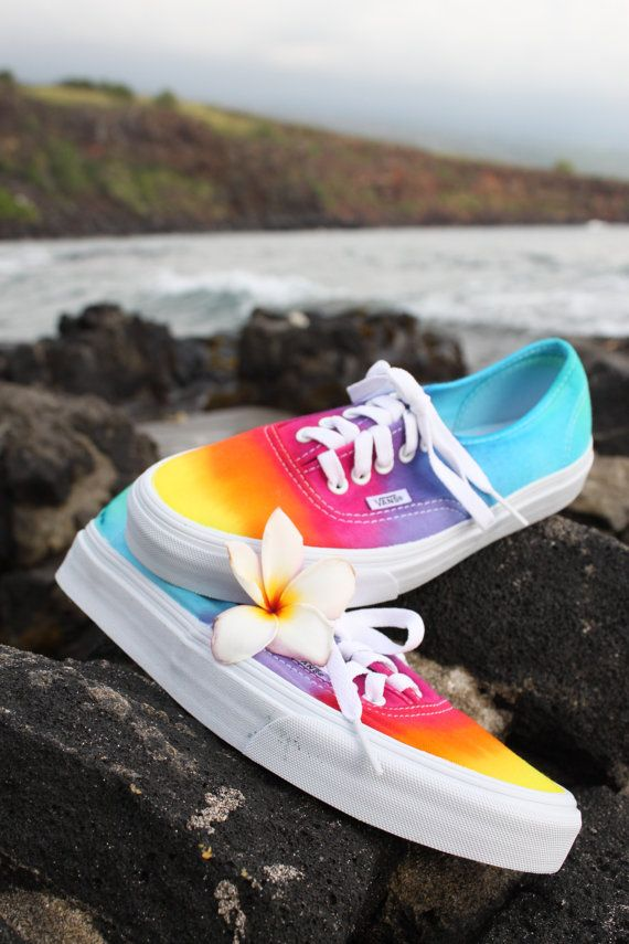 SALE The Original Custom Tie dye Vans shoes por DoYouDreamOutLoud