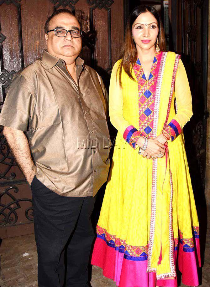Rajkumar Santoshi with wife Manila at Anil Kapoor's residence for Karva Chauth celebrations. #Bollywood #Fashion #Style #Beauty #Hot #Ethnic