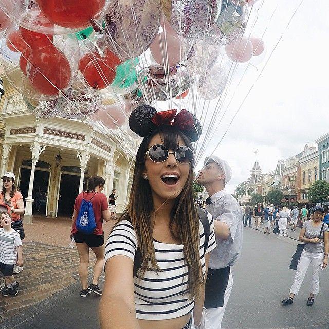 Magia Disney ❤️❤️❤️ Amo/sou/existo/viro/criança #disney #bolsa150viaja