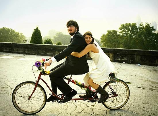 Cool Sport Racing Bikes By Chavi Sharma: Pin By La Banque De Fleuve On Shabby Chic Weddings