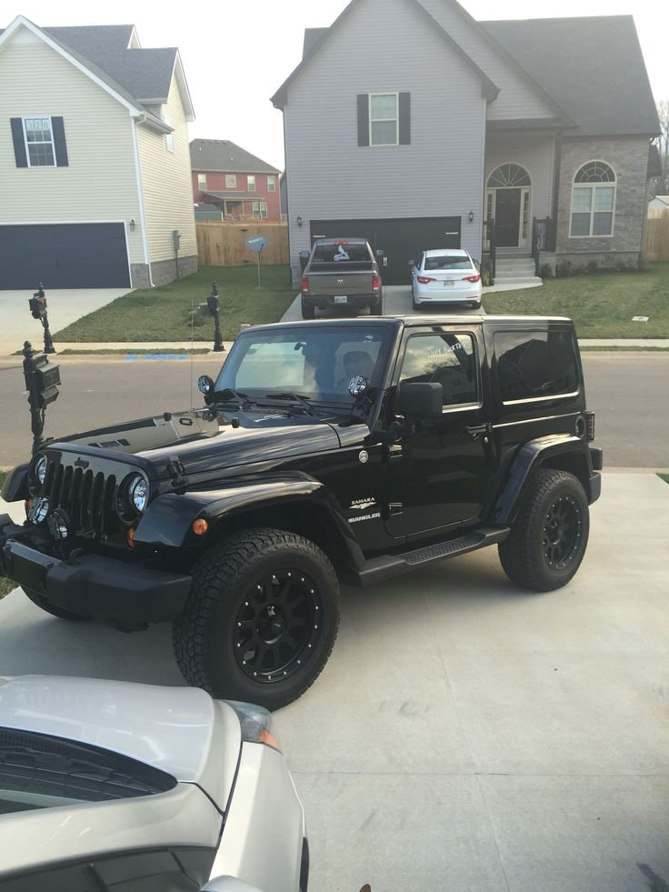 Jeep Wrangler Sahara BlackOnBlack KClights