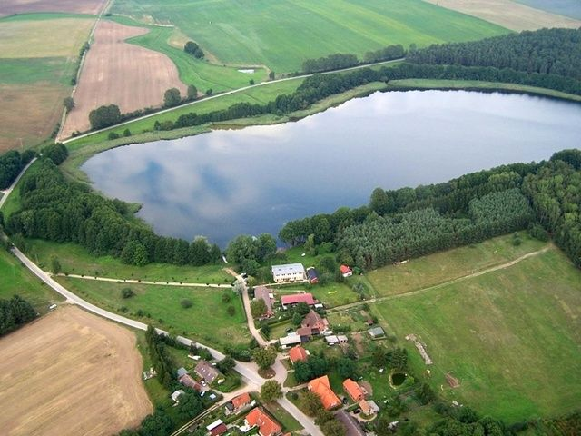 The Loppiner Lake - Loppiner Lake is 87 acres andhas several different stretches of private land surrounding it. You will find several operators offering fishing from d... Check more at http://carpfishinglakes.com/item/loppiner-lake/