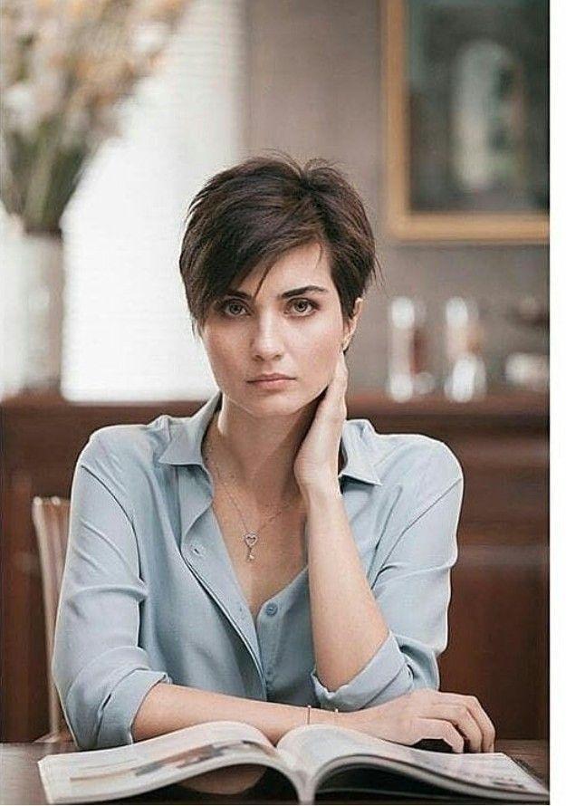 Tuba Buyukustun Short Hair Styles Girl Short Hair Short Dark Hair