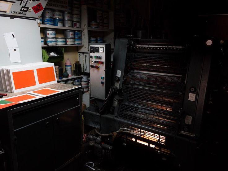 Into the dark. #printerslife #printer #printmaking #printing #barcelona #imprenta #impremta #impresor #imprimint #vidadeunimpresor #tormiq