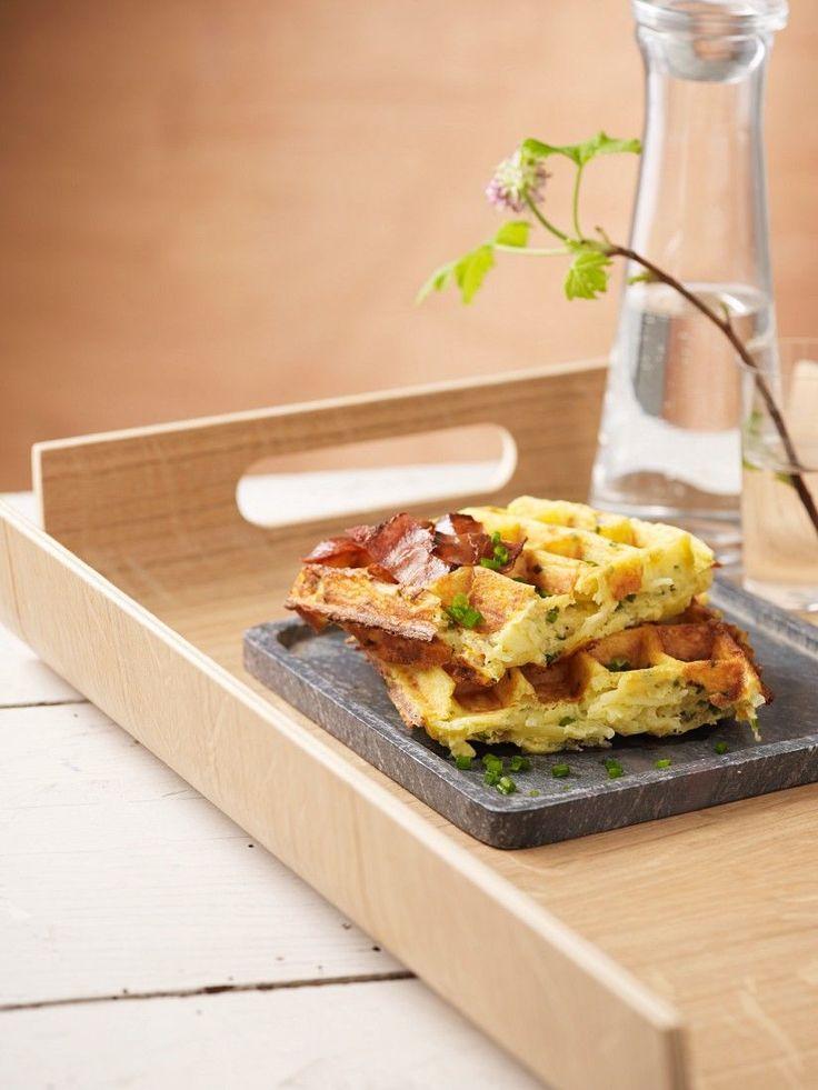 Pikante Kartoffel-Käsewaffeln | http://eatsmarter.de/rezepte/pikante-kartoffel-kaesewaffeln