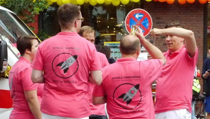 Roadside Memorys - Schwuler Chor Schola Cantorosa auf dem CSD Hamburg 2017 #gaypride #queer #csd  #hamburg