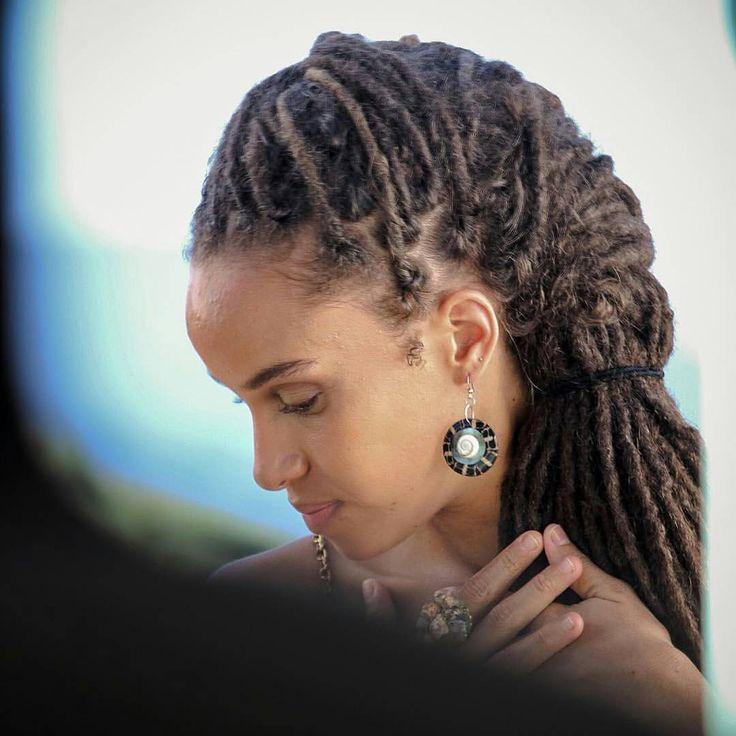 Featuring @kelissamusic ・・・ Listen to your heart   Behind the Scenes Of #BestKeptSecret music video!! Stay tuned!! #Kelissa #Anbessa #BestKeptSecret #ColourOfLove @anbessaworld :@the_denni #iamlocd #islandbeauty #locd #locs #reggae #locstyles #ilovemylocs #naturalhair #locnation #blackisbeautiful #locjourney #teamnatural #teamlocs #locqueen #locstar #irocklocs #dreads