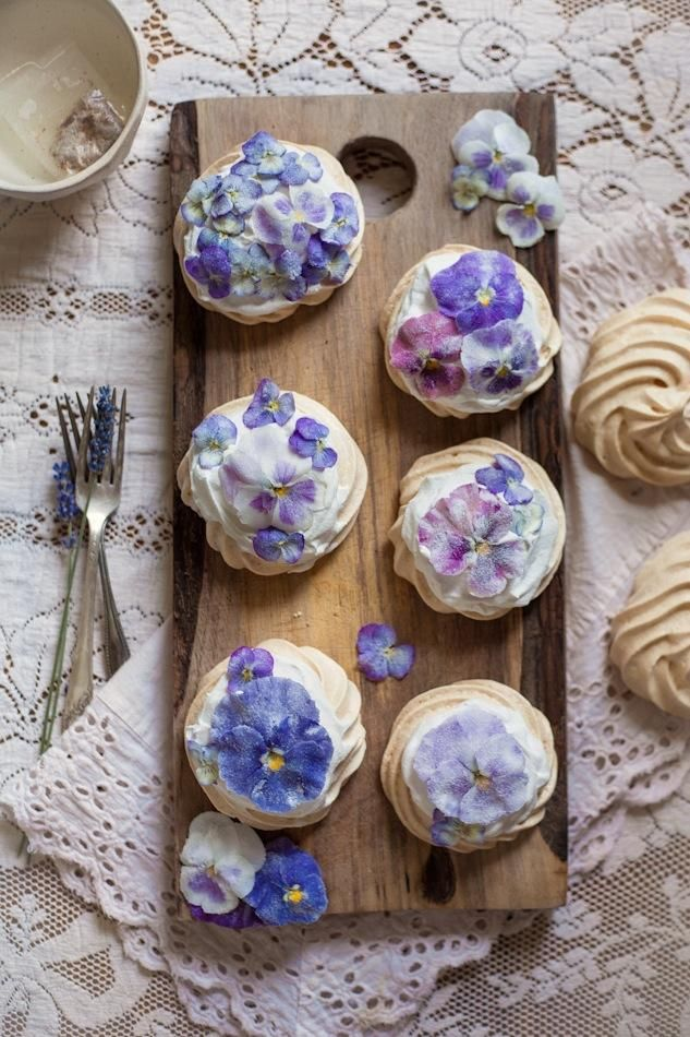 Floral Foods: Candied Pansy & Viola Mini Pavlovas