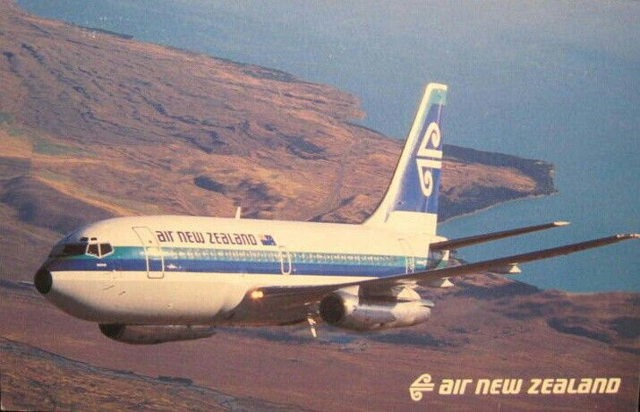 Air New Zealand B737-200 postcard