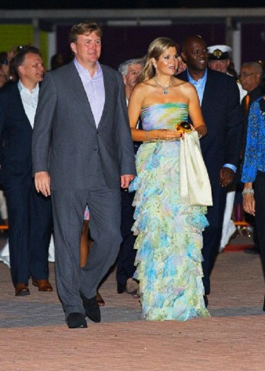 Queen Maxima and King Willem-Alexander at the beginning of their visit to the dutch Antills, in Philipsburg, St. Maarten, 13 Nov 2013.