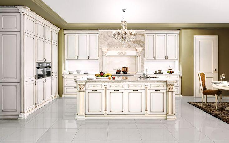Rustikální kuchyně ROYAL je žádaná do reprezentativních prostor a rezidencí, jejichž majitelé vyžadují skutečný luxus. Bílá kuchyně s bronzovou patinou.