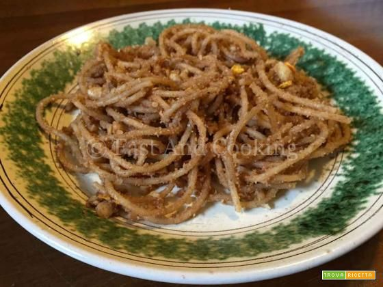 """Spaghetti al miele (""""pasta cò meli"""")"""
