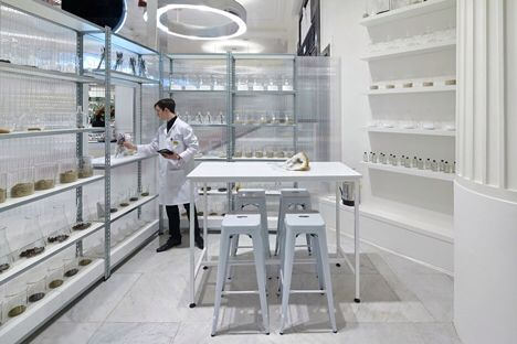 Fragrance lab, Selfridges