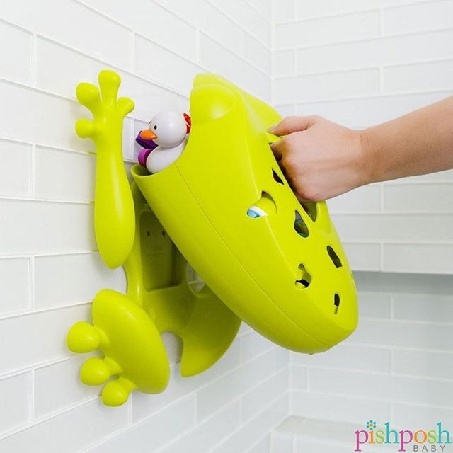 Kids enjoy chaos. Moms do not. So when it's time to round up the bath toys leave…