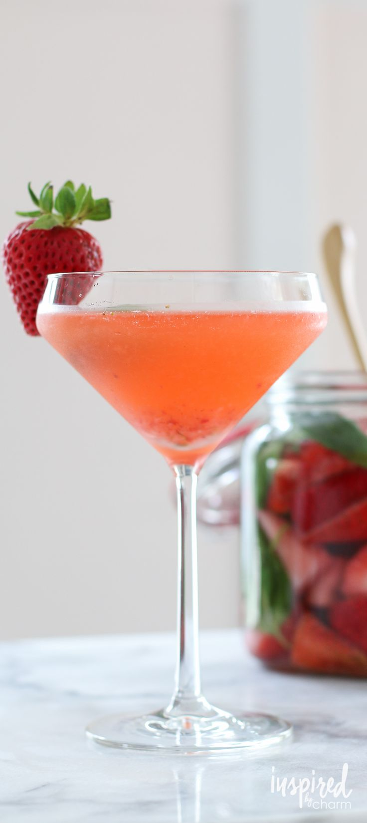 Best 25 fruit infused vodka ideas on pinterest for Fun cocktails with vodka