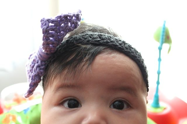 a bow headband... crochet for babies
