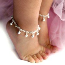 Love jewelry for little girls!