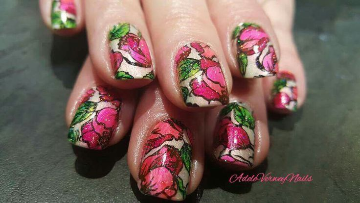 Pueen 106 & sharpies  - #colorfulnails #sharpies #stamping #nailart #adeleverweynails - feeling ceative. #floral