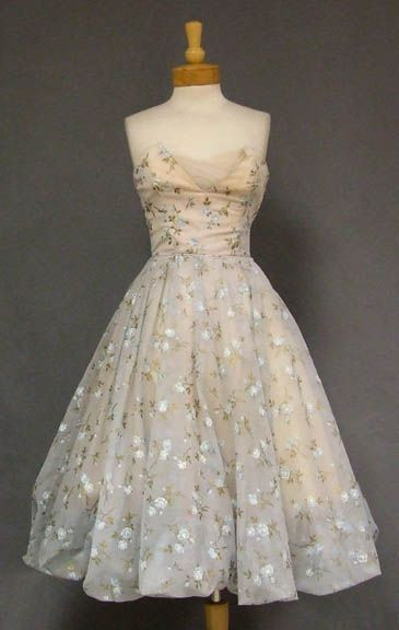 125 best images about 1950 cocktail dresses on Pinterest | Silk ...