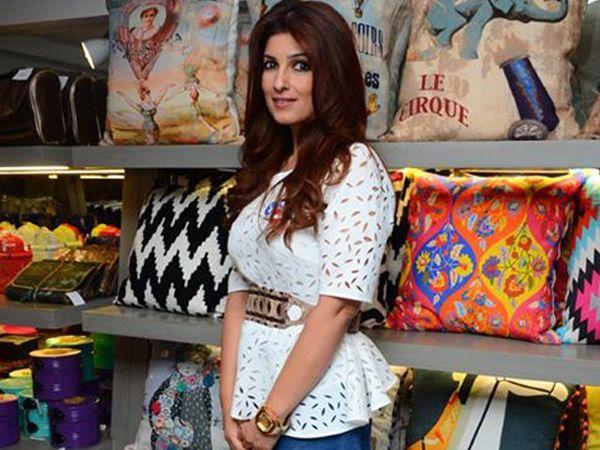 ROFL Alert! Twinkle Khanna is fed up of Autocorrect