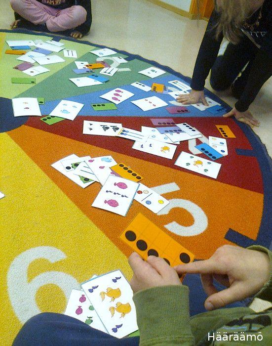Olemme harjoitelleet lukumääriä eskarissa toiminnallisesti temppuradan  lisäksi muun muassa metsästämällä erilaisia lukumääräkortteja. Jos...