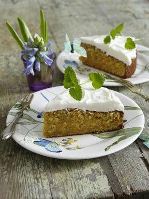 Saftiger Möhrenkuchen mit Frischkäse-Topping Rezept - Chefkoch-Rezepte auf LECKER.de | Kochen, Backen und schnelle Gerichte 4-5 Riesenmöhren, statt Mandeln 360 gr gemahlene Haselnüsse, statt Backpulver 4 TL Natron, Butter-Vanille-Aroma