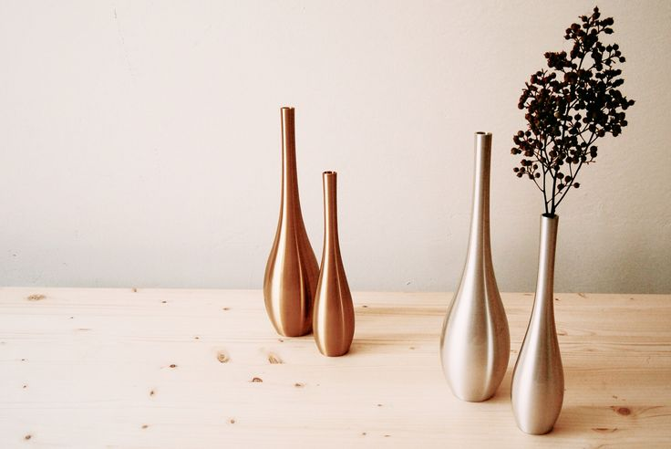 """Minimal brass material's flower vases by Nousaku. These """"Sorori"""" vase have very nice shape. And very stabily. Made in Japan."""