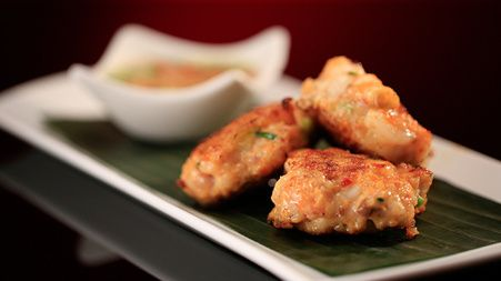 Prawn cakes with peanut and lime dipping sauce - My Kitchen Rules