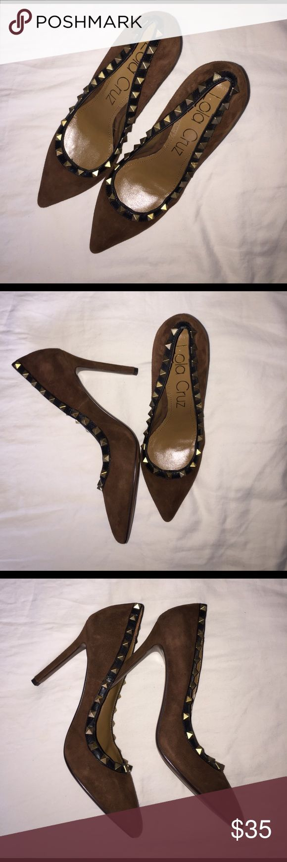 Lola Cruz Suede studded pump Valentino dupe Almost exact replica for Valentino Rockstud pump. Lola Cruz brown Suede gold toned studded court shoe. Size 40 but fits like an 8.5 Worn once for a wedding rehearsal. Very well made but too small for me. Lola Cruz Shoes Heels