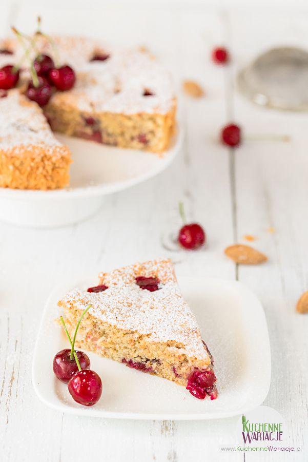 Bezglutenowe ciasto migdałowe z czereśniami