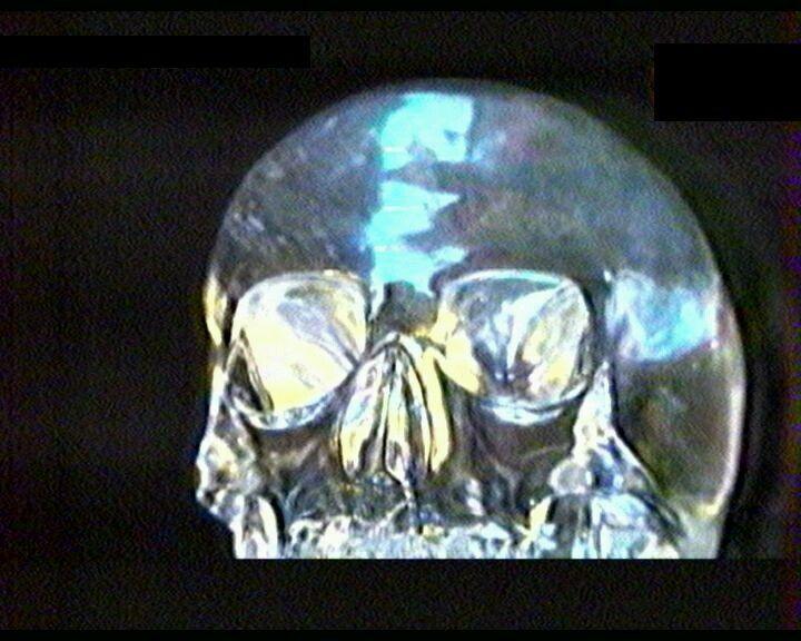 Древний хрустальный череп и взаимосвязь с внеземными цивилизациями. Ancient crystal skull and interrelation with extraterrestrial civilisations.