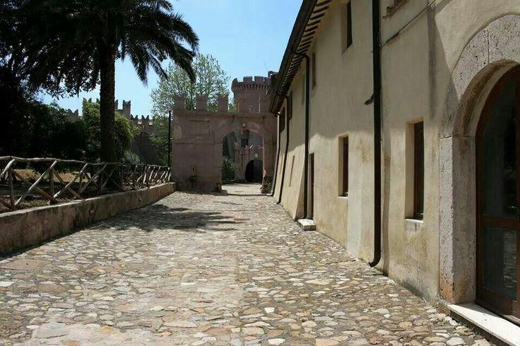 Castello #santasevera - Lazio - Italy   Foto di @nzingaretti
