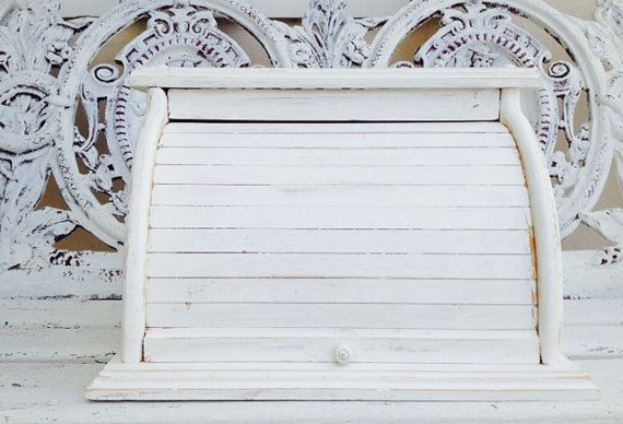 VINTAGE SHABBY CHIC Bread Box Cottage Chic by SouthamptonVintage