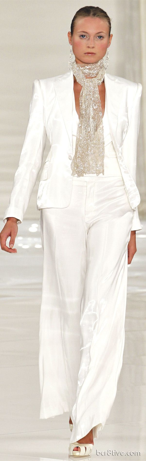 Commemorating a Classic & Timeless Collection – Ralph Lauren Spring Summer 2012 Ready to Wear