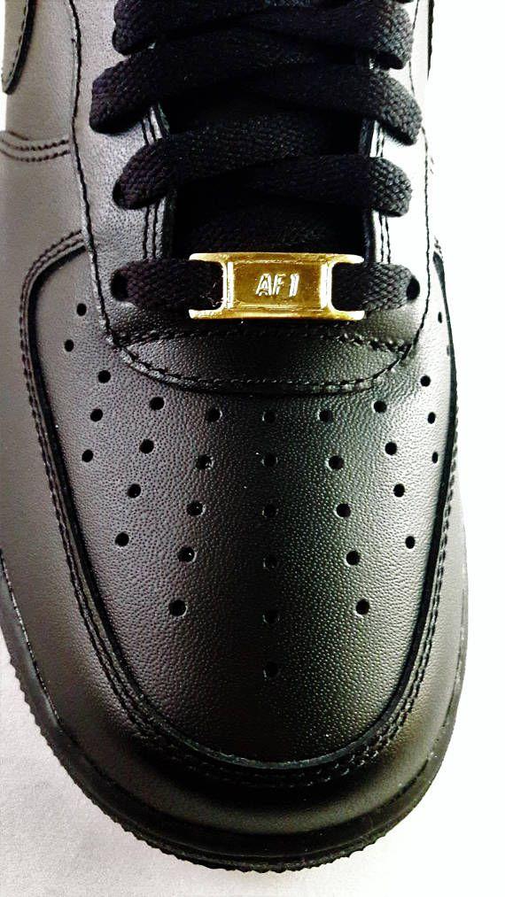Preceder profundamente éxito  Nike Air Force 1 Black Real 24K Gold Metal Lace locks. | Metal lace, Nike  air force, Nike air