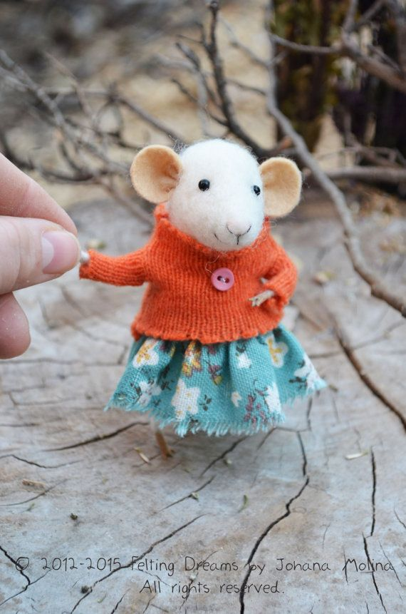 Little Coquet Mouse-  Needle Felted Ornament - Felting Dreams by Johana Molina - READY TO SHIP