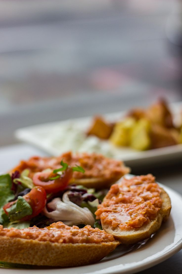 Vegetarian tapas in London: Pan con Tomate