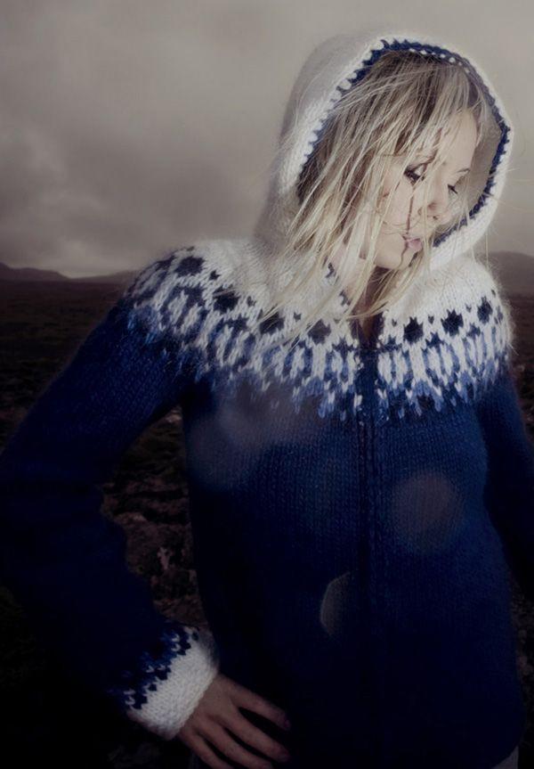 stranded round yoke hoodie | Rebekka Guðleifsdóttir