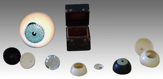 Estructura del ojo fabricada en 1874, en marfil, madera y cristal - Portal Fuenterrebollo