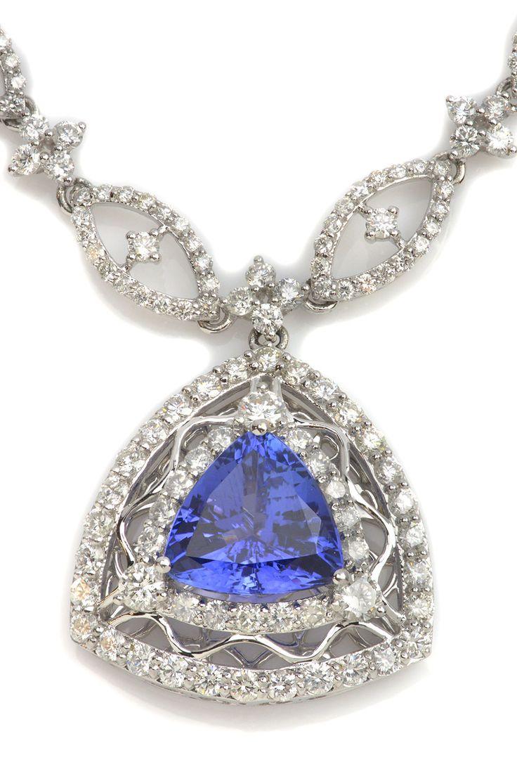 Angara Womens Trillion Sapphire Diamond Triple Flame Necklace in Yellow Gold WIwq70