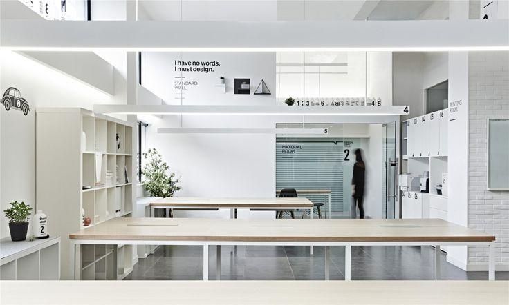 RIGI 睿集設計》老舊服裝工廠攝影棚,變身創意設計辦公室 @ 見學館 :: housearch.net