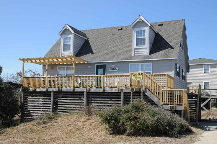 A perfect Outer Banks, NC 4-bedroom House rental in South Nags Head located Oceanside.