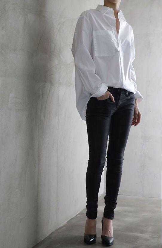 Crisp white shirt + skinny jeans