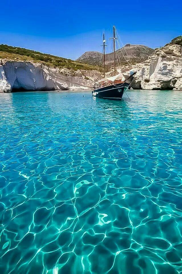 Milos island, crystal clear water!!
