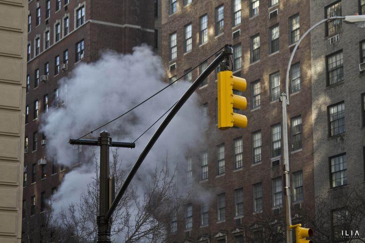 ILIA-traffic-light-smoke-NYC.jpg (5184×3456)