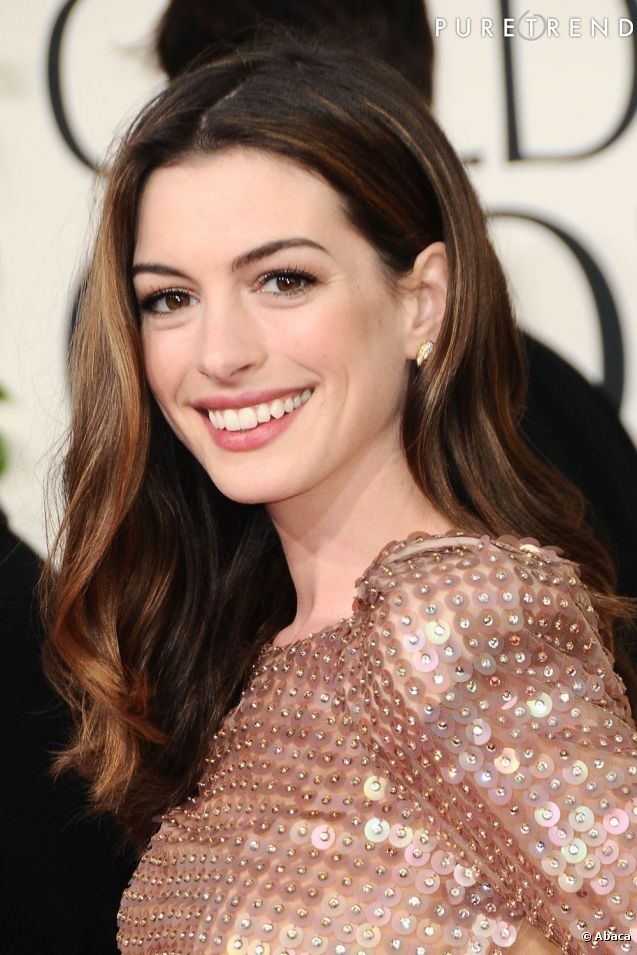 top 25 ideas about anne hathaway makeup on pinterest anne hathaway anne hathaway catwoman and. Black Bedroom Furniture Sets. Home Design Ideas
