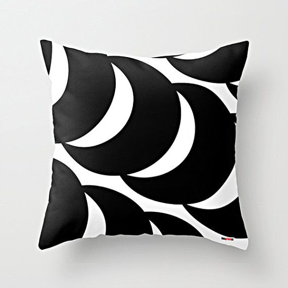 Black and white Decorative throw pillow cover - Geometric pillow cover - Decor & Housewares -Modern pillow cover